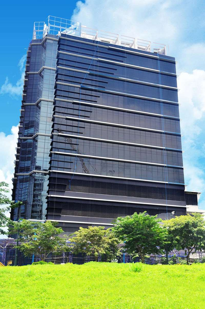 11th Corporate Center: A Modern Office Space Location in BGC