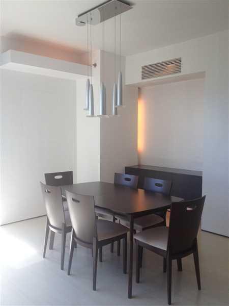 2 Bedroom Condo For Lease At Penhurst Parkplace, Bonifacio