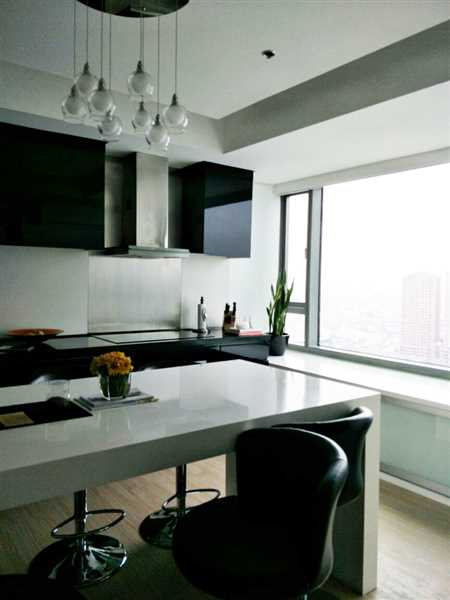 3 Bedroom Condo for Lease at The Residences Alphaland Makati Place