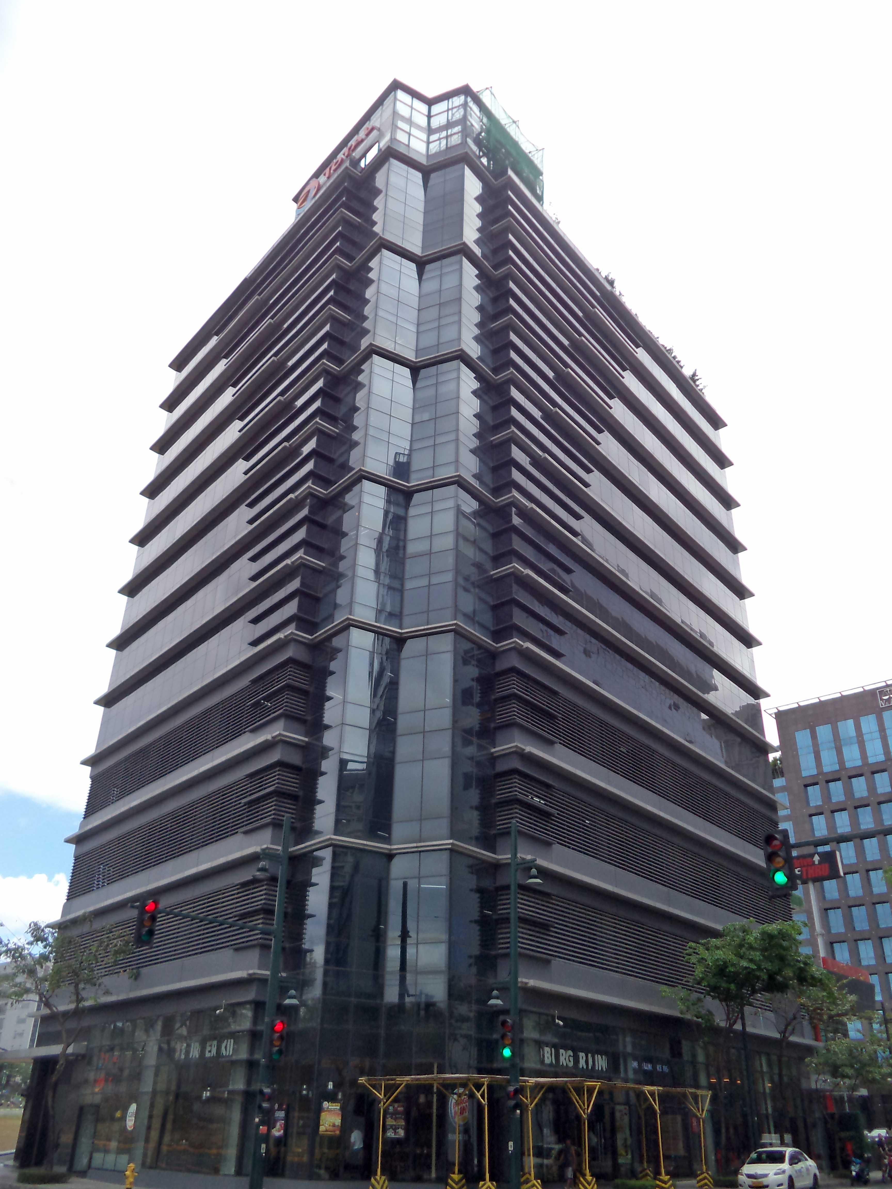 11th Corporate Center